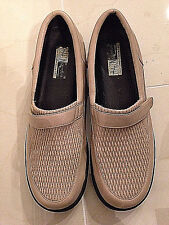 Beacon Euro-flex Tan Leather Shoes 10M Stretchy Upper