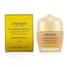 Shiseido total radiante Fundación SPF 20 N4