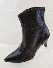 Antonio Melani Ankle Boots Womens Pointy Zip Brown Leather Leaf Print Shoes 6.5M