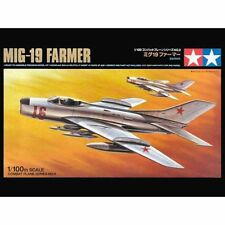 Tamiya 61609 MiG-19 Farmer-E 1/100 scale plastic model kit