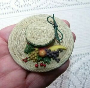 JEWELLERY VERY PRETTY DECORATED FLORAL & FRUIT  HAT BROOCH 884