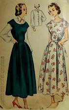 Vtg 50s Feminine Jumper House Dress & Blouse Simplicity 2852  Size11 Bust 29