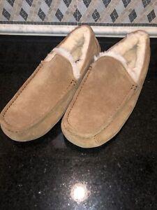Men's UGG Chestnut Ascot Slippers- Size 11- #1101110