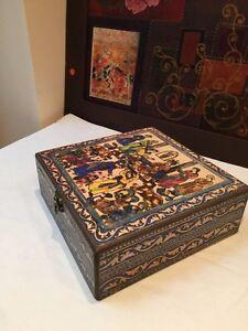 Decorative Watch Storage Box with Exquisite Miniature Persian Paint Artwork
