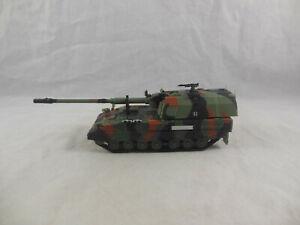 Amercom Panzer Haubitze 2000 German Army Self Propelled Gun 1:72 Scale