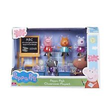 Peppa Pig Toy Classroom Includes Desk Chairs Chalkboard & 5 x Figures NEW BOXED