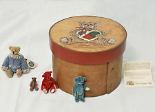 """5"""" Frye's Measure Mill round Shaker Box (reproduction) - Handpainted Teddy bear"""