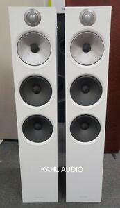 B&W 603 floorstanding speakers. Lots of positive reviews! DEMO. $2,000 MSRP