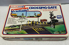 Life-Like 8209 HO Scale Operating Crossing Gate NOS