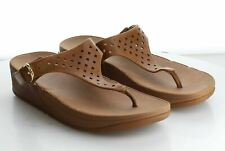 X59 MSRP $100 Women's Size 8 Fitflop The Skinny Brown Leather Toe-Post Sandals