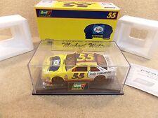 New 1997 Revell 1:24 Diecast NASCAR Michael Waltrip Sealy Ford Thunderbird #55