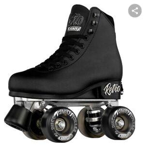 Retro Rollerskates-Black-used once!