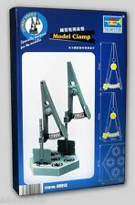 Trumpeter Model Clamp with base hobby tools 9914