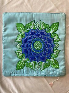 Beautifully made padded cushion cover from Indonesia. 40cm x 40cm.