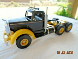 SMITH MILLER LF MACK TRUCK IN  BLACK AND YELLOW    NEW  IN BOX