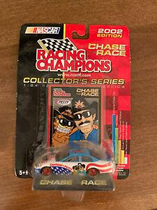 RICHARD PETTY & GARFIELD -  Racing Champions  2002 1:64 Car Chase The Race