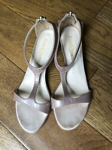 russell and bromley sandals size 4.5