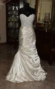 MAGGIE SOTTERO Strapless Bridal Gown Wedding Dress Size 6   REF:4822901