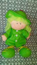 Poupée chiffon Raincoat imperméable vert 30 cm CMP