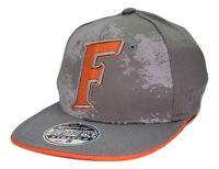 UFC Red Billboard Logo 2 Tone Gray Black Flex Fit Flat Bill Style Cap Hat