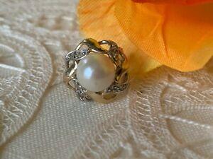 Vintage 14K Yellow Gold Sea Pearl and Diamonds SINGLE EARRING Omega lock