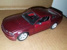 Maisto 1:24 Scale 2006 Ford Mustang GT Diecast Metal Car Vehicle for Customizing