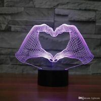 Hand Heart Illusion LED Lamp, 3D Light Experience - 7 Colors Options