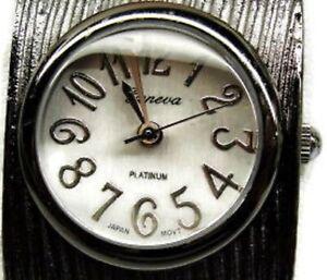 Black Vintage Geneva Platinum 6781 Women's Hinged Cuff Watch Analog New Battery
