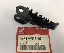 Pedana ant. Sx. - Step Front LH - Honda XR600 NOS: 50642-MN1-670