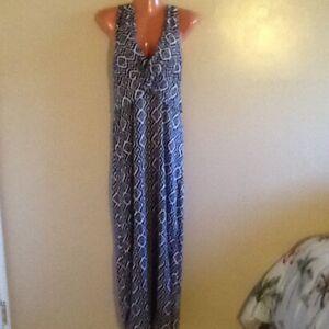 Women's Plus Size  Sleeveless Surplice Long Maxi Dress 3X