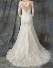 Vintage look lace wedding gown size 8-10