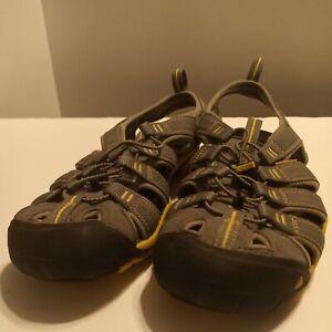 Keen Clearwater Waterproof Sandals 1009036 Gargoyle/Super Lemon Mens Size 9.5