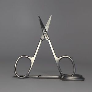 Straight Scissors by Lash & Brow Professional