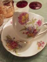 Duchess Bone China Tea Cup and Saucer Set ~ EUC ~ Vintage