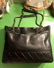 Chanel Vintage Black Lambskin Leather Gold Chain Link shoulder bag quilt stitch