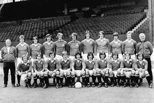 MAN UTD FOOTBALL TEAM PHOTO>1974-75 SEASON