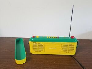 Sharp QT-V40 Green Yellow Boom box AM/FM Radio Works Cassette Not Working