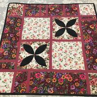 """Vintage Handmade Patchwork Quilt 30"""" Square Wall Hanging/Table Cover Pink Floral"""