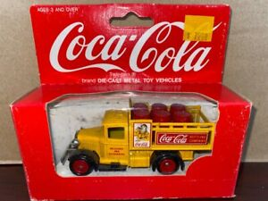 Coca Cola LLedo / Hartoy Delivery Truck NEW