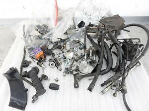 Schraubensatz Honda Dominator NX 650 Restteile Mutter Schraube Achse