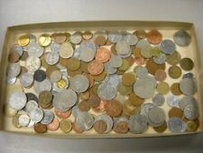 "CB565d) World mixed coins, unsorted. Contains a % of ""Holiday change"" 5kg."