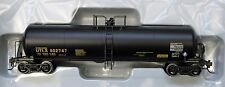 HO Scale - ATHEARN 74448 UTLX RTC 20,000 Gallon Acid Tank Car UTLX # 802747