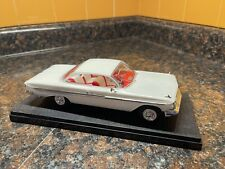 White 1961 Chevy Impala Ss 1:25 Model Kit Adult Built With Display Case