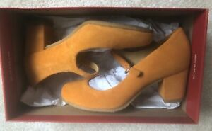 Brand New in Box Clarks Originals Cary Jane Apricot Suede Shoe, UK 4, EUR 37