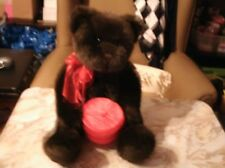 Beautiful 19 in Gund bear 43212 w red bow & holding red gift box