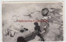 (F6390) Orig. Foto Kinder spielen mit kleiner Schubkarre, 1931