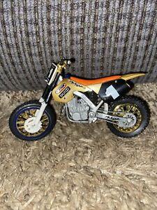 Road Champs Diecast MXS Metzger Godfather Honda CR 250 Dirtbike 6""