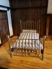 MINIATURE ARTISAN SIGNED & NUMBERED CLARE BELL EARLY 70S DOUBLE BRASS BED