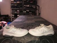 New Balance 813 Womens Leather Athletic Walking Shoes Size 10 White Gray