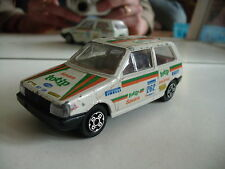 "Bburago burago Fiat UNo ""Totip"" in White on 1:43"